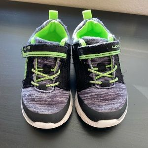 Boy toddler 7 stride rite sneakers